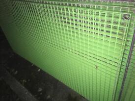 Galvernised Grid flooring/fencing 6ft x 3ft lengths