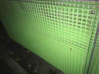 Galvernised Grid flooring/fencing 6ft x 3ft lengths