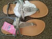 2 pair brand new ladies sandals size 8