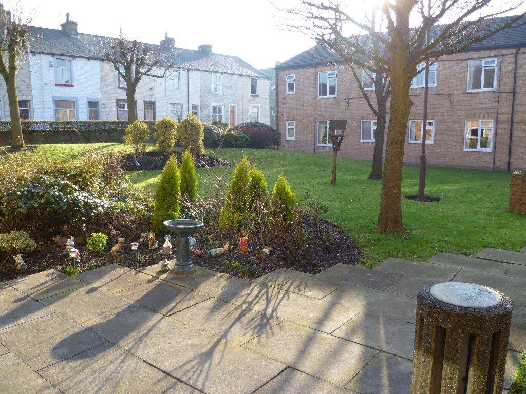 Over 60's - Wood Top Harcourt Street Burnley - Independant Living Scheme - Ground floor flat
