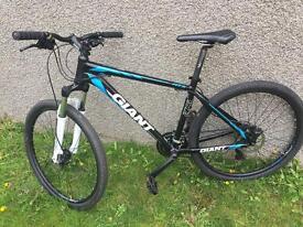 "Giant atx 27,5"" mountain bike very good condition"