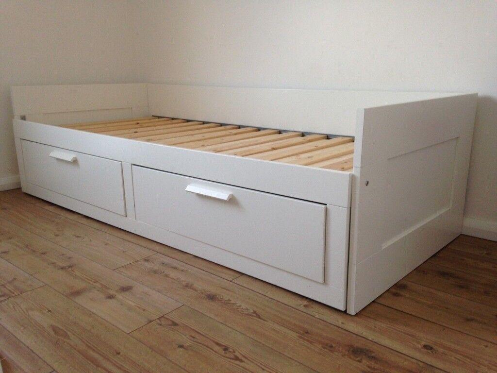 Ikea Tagesbett Brimnes : white ikea brimnes day bed 2 drawers pull out double ~ Watch28wear.com Haus und Dekorationen