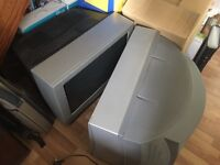 """TELEVISION SETS (2) PANASONIC 28"""" Old Style TUBE TYPE with Remote Controls >>>>FREE OF CHARGE<<<<<"""