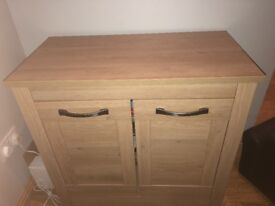 Oak effect sideboard immaculate condition no marks from a non smoking home