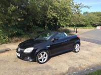 Vauxhall TIGRA 1.4 2006 CONVERTIBLE .. FULL BLACK LEATHER DRIVES THE BEST.. YEARS MOT
