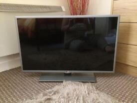 LG 32 in smart TV