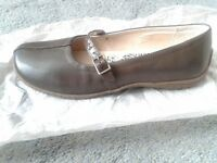 HUSH PUPPIES REAL LEATHER SHOES