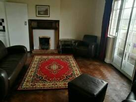 1930's Iconic City Apartment Mapperley Park