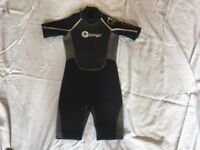 Junior wetsuit Osprey OSX approx age 9-10 (qty: 2)