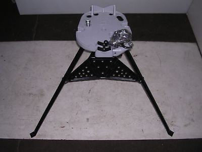 New Portable Collapsible Welder Repair Tripod Stand Chain Vise Shelf Bender