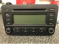 GENUINE MK5 GOLF CD PLAYER IN GOOD WORKING CONDITION (NO CODE)