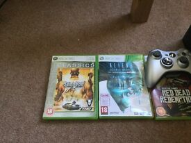 Xbox 360 With 3 games and controlla