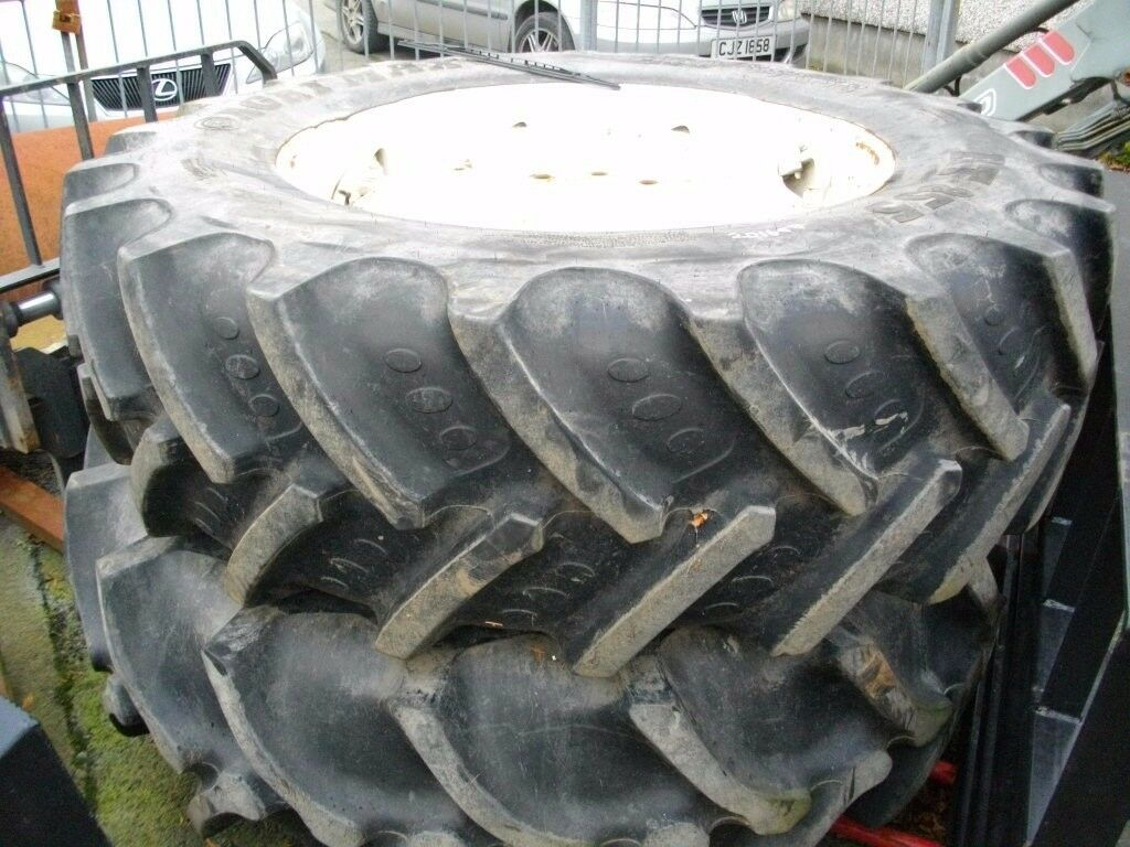 Ford Weighted Rims and good tyres