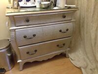 Chest of drawers immaculate condition