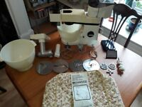 KENWOOD FOOD MIXERWITH MINCER AND SHREADER