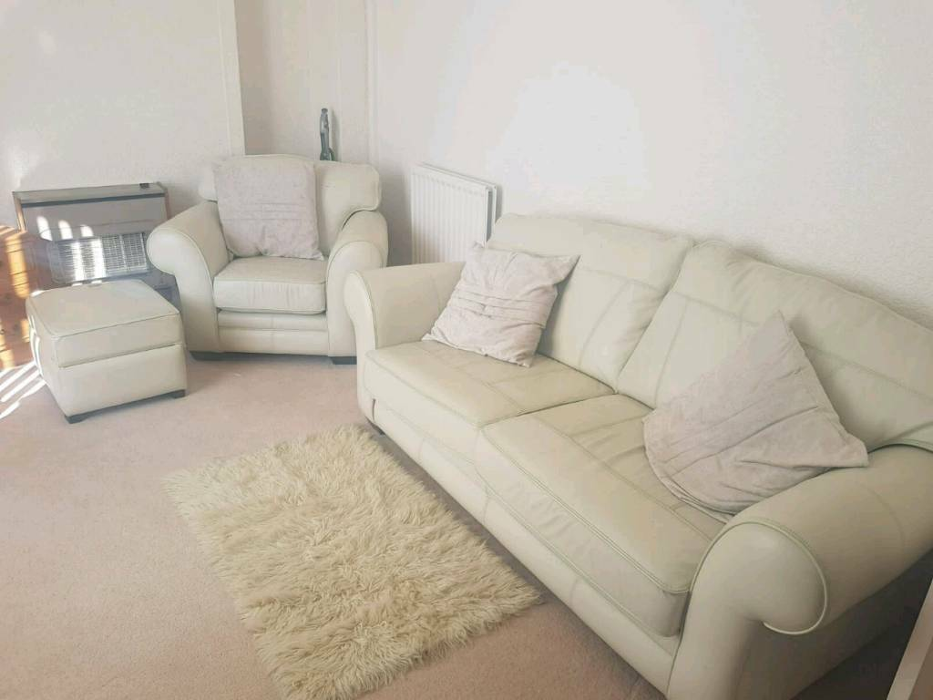 living room furniture clearance  in rochdale manchester