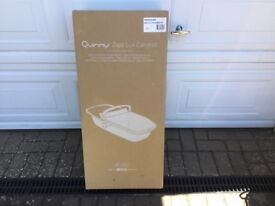 BNIB sealed Quinny Zapp Lux carrycot grey on charcoal RRP £160