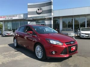 2013 Ford Focus Titanium Fully Loaded Navi Sunroof Low Payments
