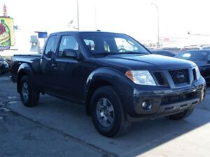 2011 Nissan Frontier PRO-4X KING-CAB ONLY 106,000 KM!!