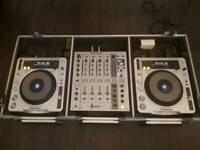 Full Dj Setup 2x Pioneer CDJ-800 Mk2 & 1x Pioneer DJM-700 In Flight Ready Case