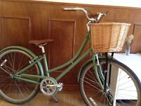 FOFFA Ladies Town bike in Vintage Green with Basket