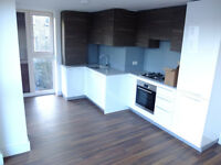Stunning 2 bed 2 bath in Hendon ideal for students/companies! only £1600pcm!