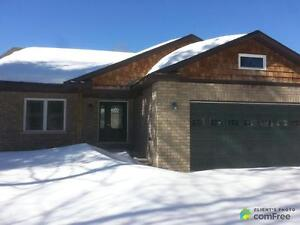 $279,900 - Bungalow for sale in Chalk River