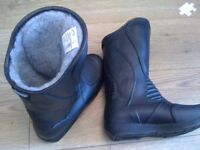 new motorbike boots size 37