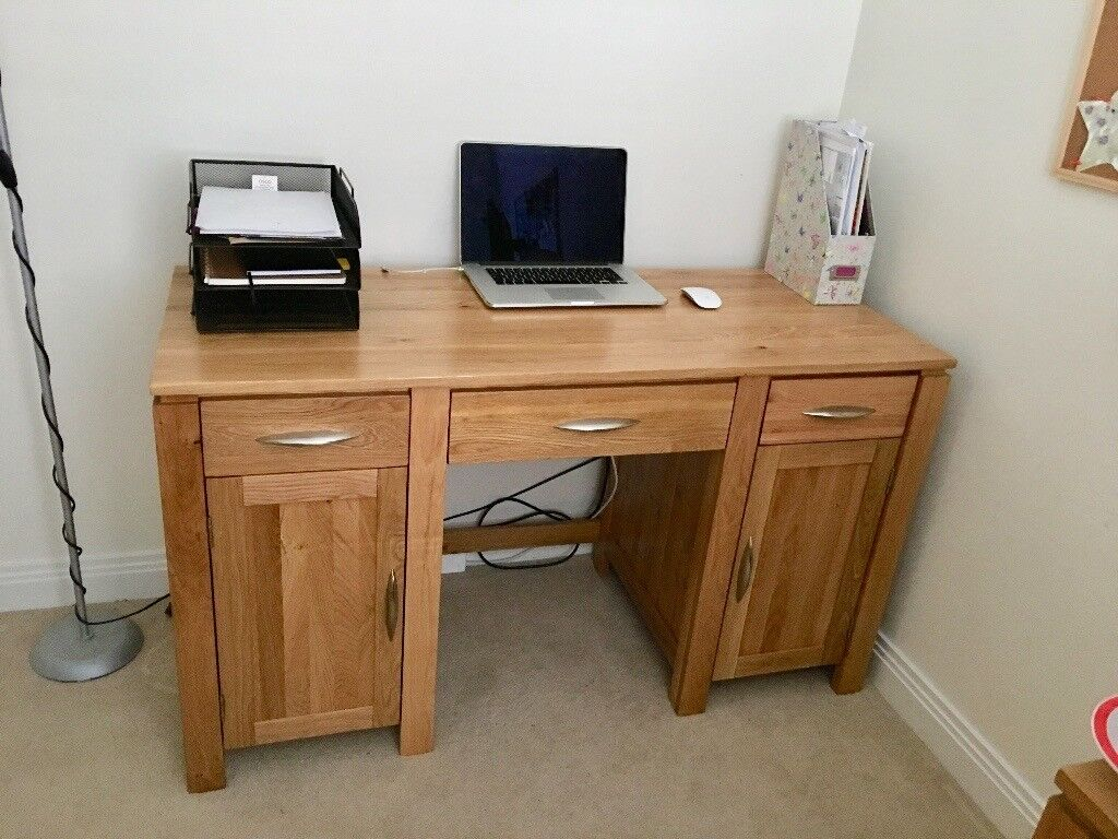 Galway Natural Solid Oak Computer Desk Used Like New