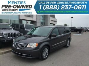 2016 Chrysler Town & Country Touring Leather, DVD, Bluetooth, Cl