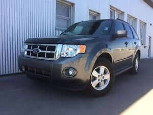 2011 Ford Escape XLT, 4X4, BLUETOOTH,  HEATED EXTERIOR  MIRRORS.