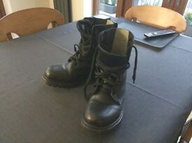Genuine UK Army boots size 7