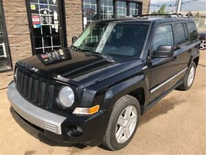 2010 Jeep Patriot Limited LOADED 4X4 NICE!