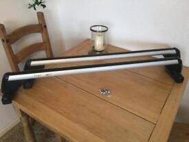 VW Caddy roof bars