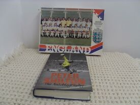 England football team of yesteryear, official 400 piece jigsaw.