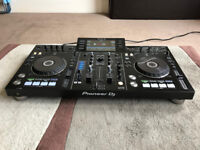Pioneer DJ All In One Decks - XDJ-RX Controller
