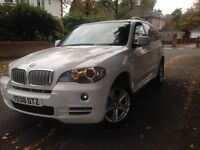 x5! factory white! 7 seater! low genuine miles!