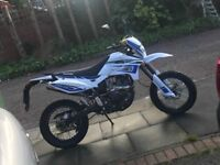 Lexmoto adrenaline 125 white and blue