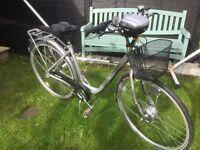 Ladies SUNRUNNER electric bike NEVER RIDDEN