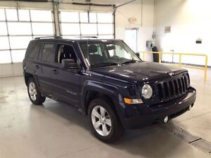 2015 Jeep Patriot NORTH EDITION| 4X4| SUNROOF| BLUETOOTH| 30,868 Cambridge Kitchener Area image 10