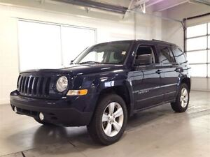 2015 Jeep Patriot NORTH EDITION| 4X4| SUNROOF| BLUETOOTH| 30,868 Cambridge Kitchener Area image 3