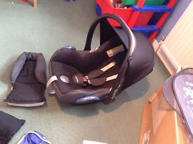 baby car seat maxi cosi vgc