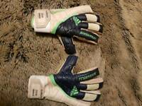 Steve harper match worn gloves