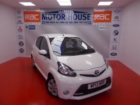 Toyota Aygo VVT-I FIRE AC (£0.00 ROAD TAX) FREE MOT'S AS LONG AS YOU OWN THE CAR!!! 2013