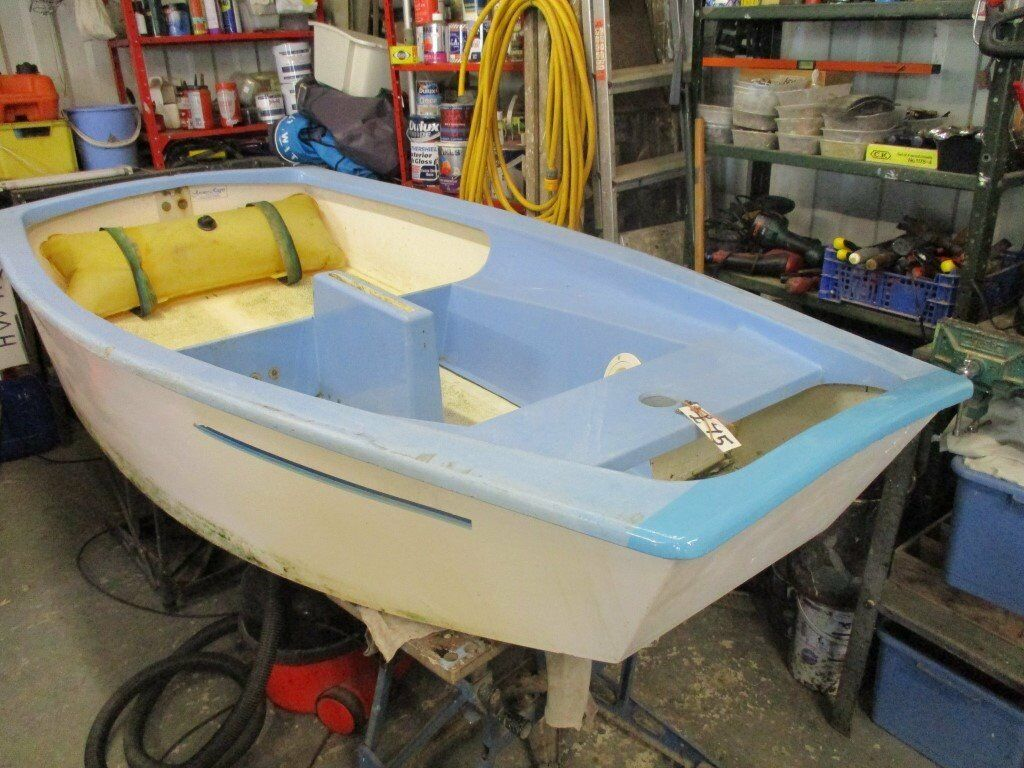grp optimist sailing dinghy hull