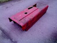international 784 bonnet in very good condition just slight surface rust