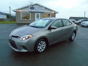 2015 Toyota Corolla LE 19,000 KMS Backup Camera Heated Seats