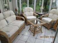 LARGE FIVE PIECE CONSERVATORY SUITE INCLUDES OTTOMAN SEAT - EXCELLENT QUALITY ITEMS