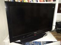 """32"""" Finlux HD LCD Flat Screen TV Model number 32H502, only £60, pick up London N5"""