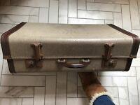 ❤ Vintage suitcase ❤